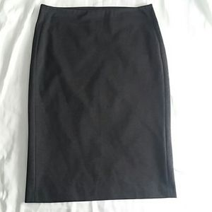 Vince Camuto Pull-on Grey Ponte Pencil Skirt Sz. L